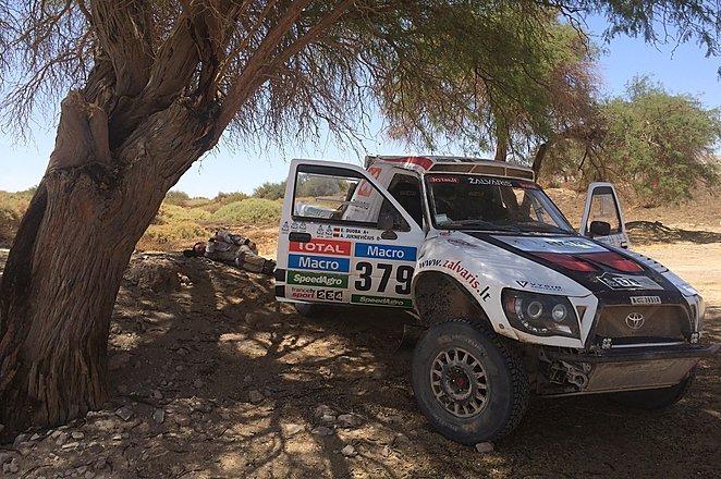 Dakaro dienoraštis 12: kas bandė apvogti lietuvių automobilį?