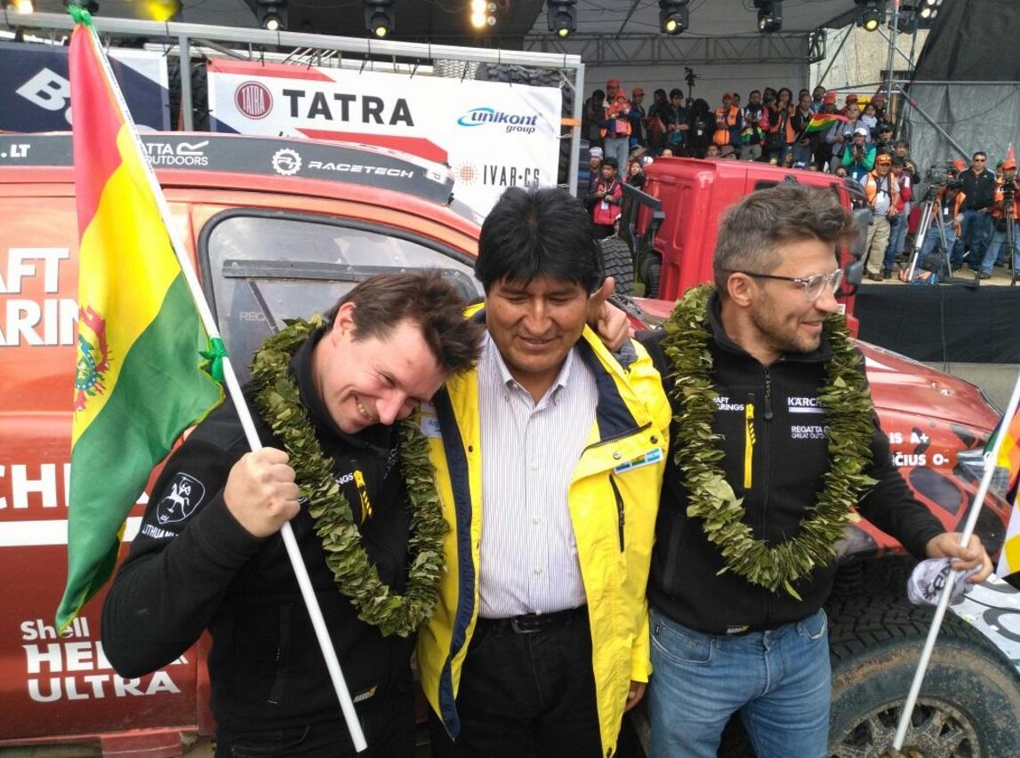A. Juknevičius ir D. Vaičiulis su Bolivijos prezidentu