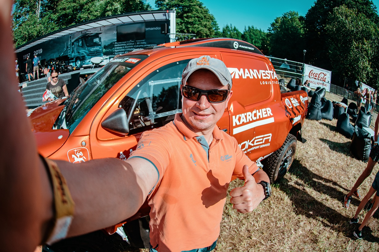 Technologijos ir Dakaras – A. Juknevičiaus komanda pristato lenktynininko filtrą