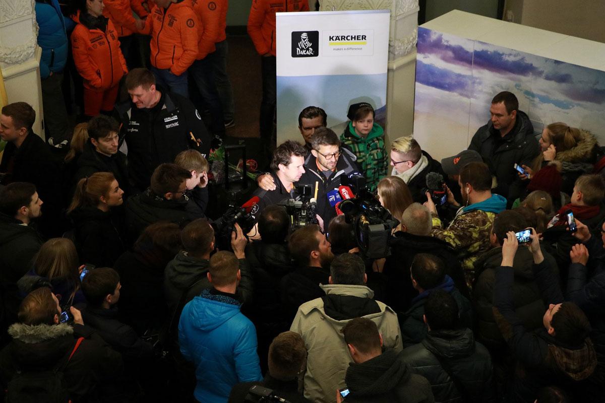 Minios žmonių pasitiktas Dakaro vilkas Antanas Juknevičius: šis kartas – ypatingas