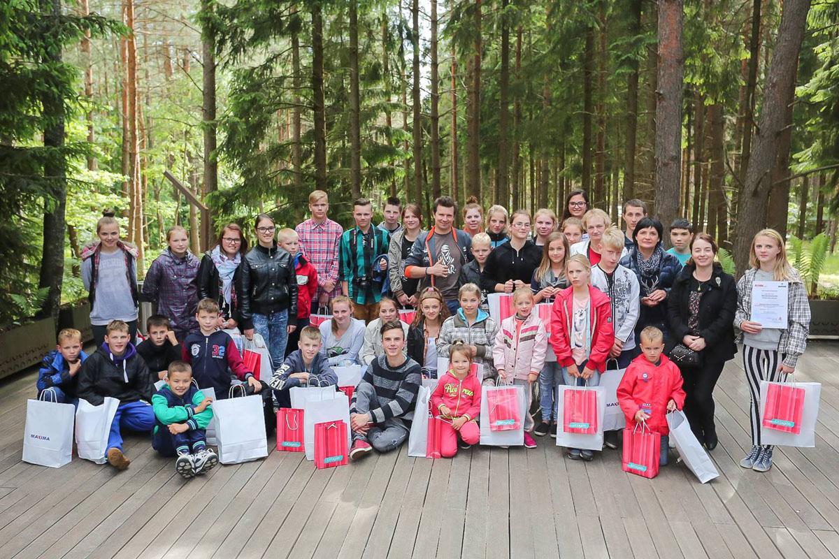 Labdaros renginyje paaukota 5000 eurų naujam vaikų namų būstui