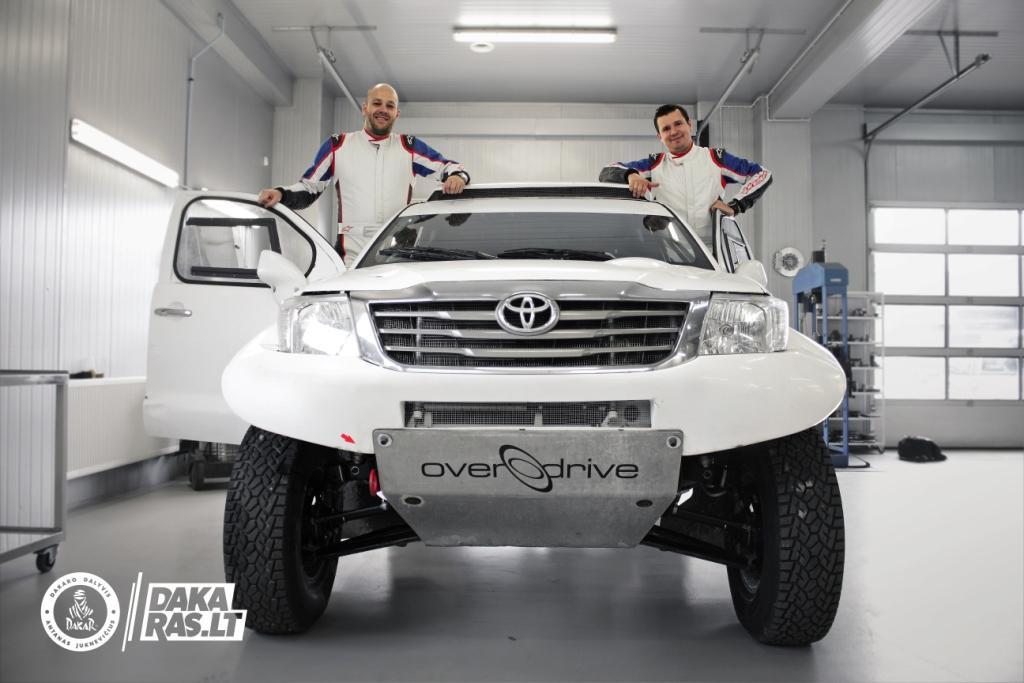 A. Juknevičius Dakaro ralyje startuos su nauju šturmanu, E. Duoba tapo komandos vadovu