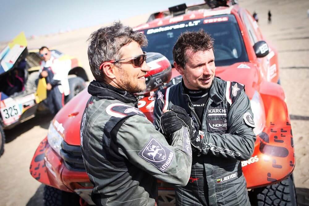 Paaiškėjo, kas lėmė A. Juknevičiaus šturmano sprendimą dalyvauti Dakare