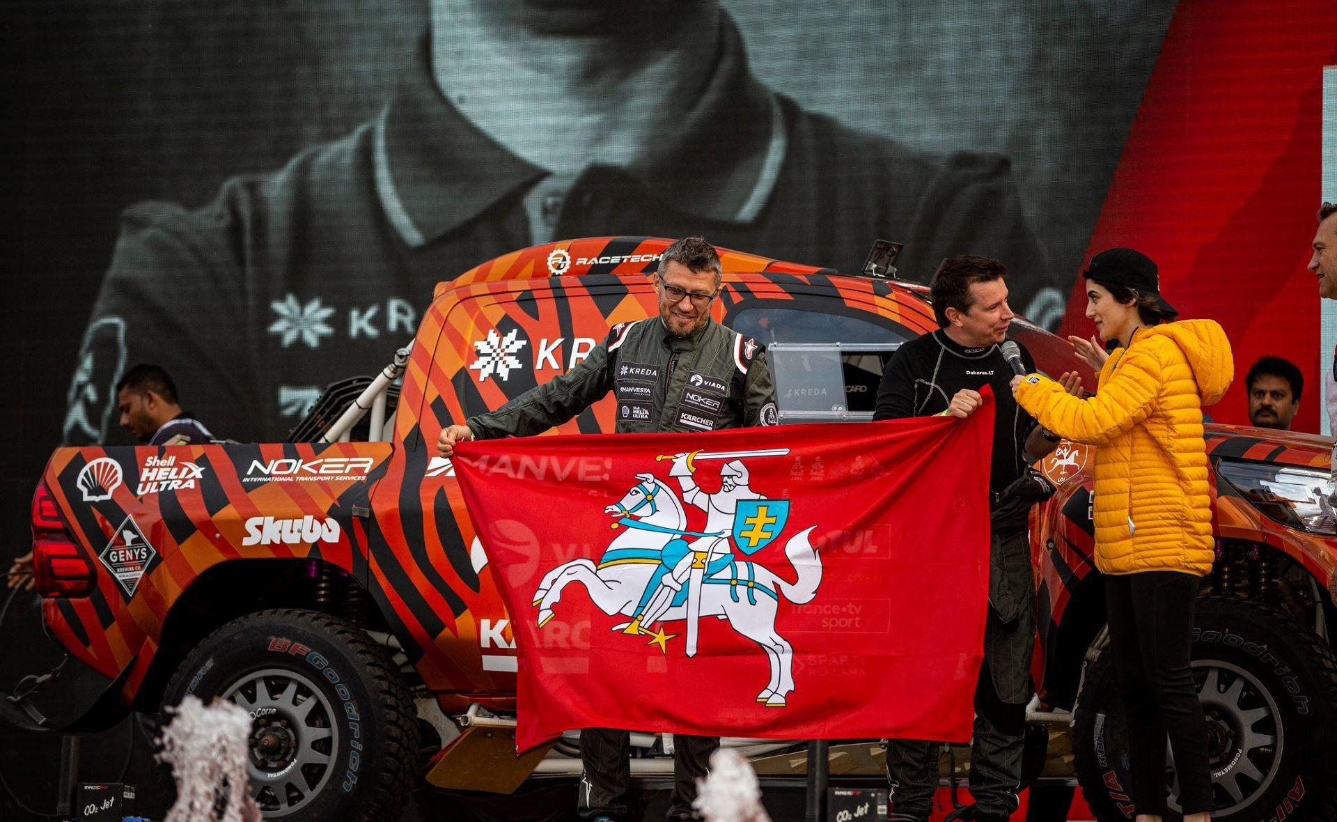 Antanas Juknevičius pristato 2020-ųjų Dakaro ralio filmą.